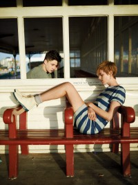 "Agyness Deyn a Ash Stymest v kampani Dr. Martens ""First and Forever"" jaro/léto 2012"